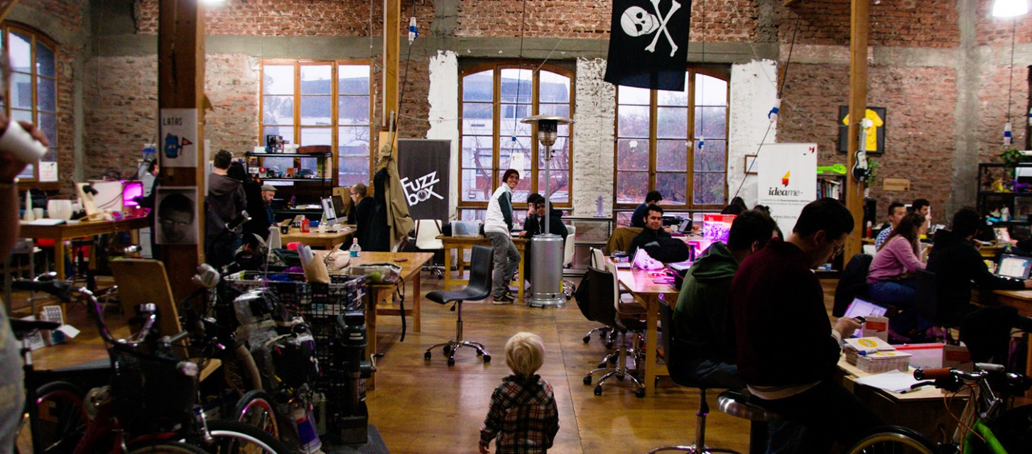 How Do Hackerspaces Benefit Their Communities?